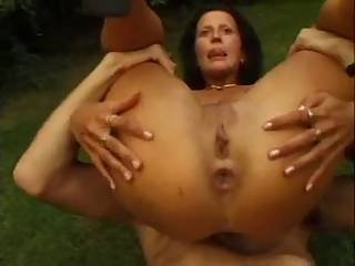 Milf Anal Foursome Fffm In The Garden