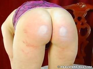 Kailee_hot_spanking_003