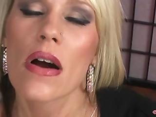 Nikki Ashton Smoking Facial 5