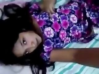 Sri Lankan Cute Girl Squirt