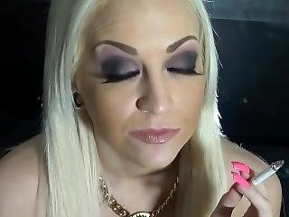 Bimbo Smoking And Talking Shit