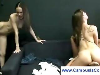 Cute Students Experiment With Lesbo Sex - Kimochisex.com