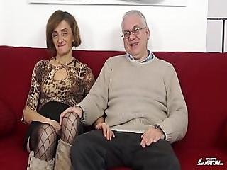 Scambisti Maturi - Mature Italian Swinger Gets Her Ass Fucked And Pussy
