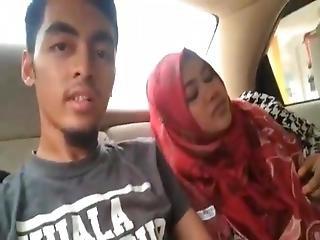 Indonesian Milf Licked By Her Boyfriend Part2