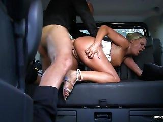 Fucked In Traffic - Czech Blondie Barra Brass Loves Public Sex In The Car