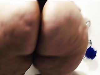 Big Butt Pear Caught In Bathroom
