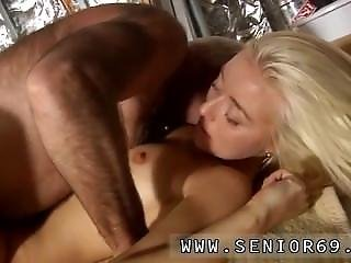 Amateur Teen Neighbor First Time At That Moment Jim Arrives And He Has