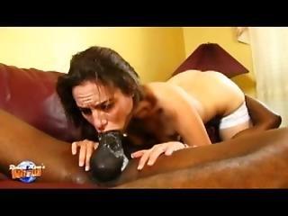 Iron Throat Amber Rayne