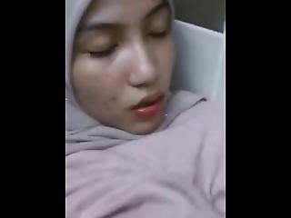 Boomanal- Beautiful Muslim In Hijab Fucked