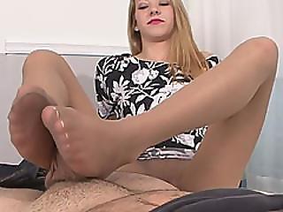 pipe, suçage de bite, exgf, pieds, fétiche, pied, branlette avec les pieds, branlette, mamelons, petite, chatte, sexy, maigre, suce, embêter, Ados, petite chatte