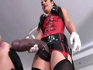 Fekete csikló szex
