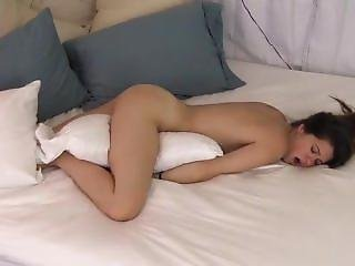 Gorgeous Teen Pilow Humping Tight Pussy
