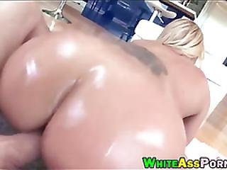 Big Ass Pornstar Austin Taylor Pounded By Monstercock