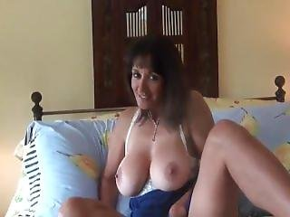 Dirty Talking Hairy Milf Creampie