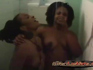 Black Lesbians Kissing In Shower