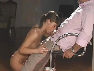 Angelina Oral Smoking Blowjob