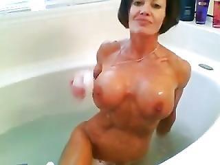 Unbelievable Milf Takes A Bath