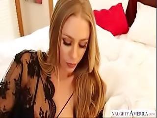 Housewife Invite Har Boyfriend Call Boy 8800953870