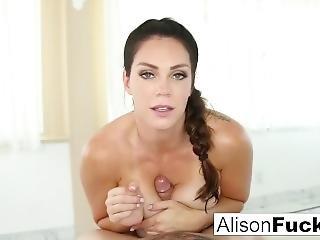 velké dudy, kuřba, brunety, šukání, hardcore, pornohvězda, sexy