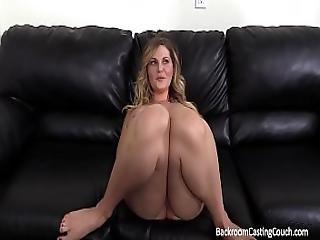Backroom Casting divano video pornoporno nero shemales
