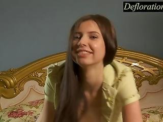 Teenage Girl Alina Wants To Touch Herself