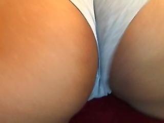 Ebony Shaking Ass