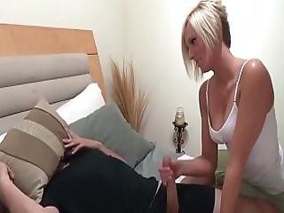 My Awesome Sister Helps Me - 69sister.com