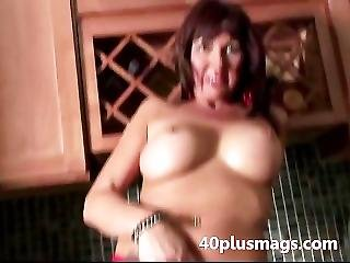 Amateur, Brunette, Experienced, House, Housewife, Mature, Wife