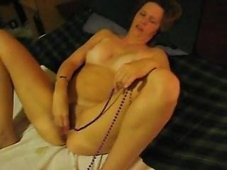 Milf From Milfsexdating.net With Her Wet Pussy And Beads