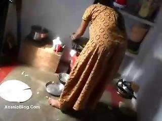 Desi Owner Fucks His Maid - Desibate.com