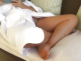 Voyeur No Panty Upskirt Mom In Bath Robe