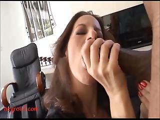 Mature Old Mom With Too Much Makeup Takes Black Negro Cock In Pussy