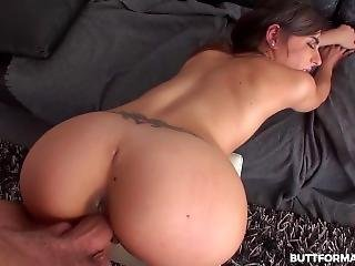 Sweet Ena Seduces Her Coach