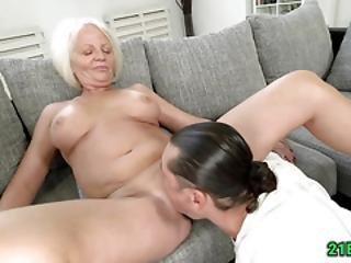 Bigtitted Blonde Grandma Getting Fucked Hard