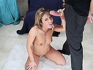 Hottie Babe Sheena Shaw Sucking With Pleasure