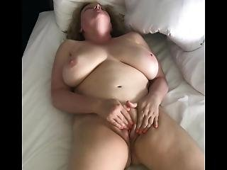 amatoriale, cull, culo grande, tette grandi, casa, fatto in casa, arrapata, masturbazione, matura, zozza, orgasmo, fica, da sola, moglie