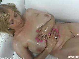 Czech Amateur Olga Fucks On Casting