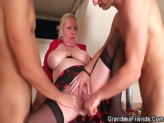 blondynka, obciąganie, cycek, gruba, babcia, babunia, hardcore, nogi, stara, otwieranie, trójkąt