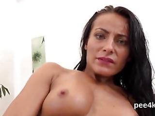 Glamorous Girl Is Urinating And Rubbing Bald Twat