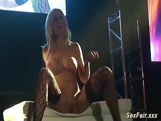 MILF striptérka porno