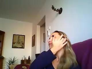 Maria Din Braila Se Dezbraca