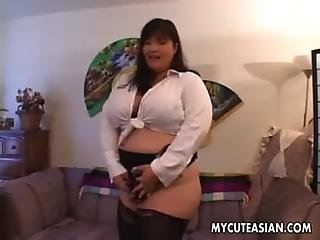 Big saggy boobs selfie