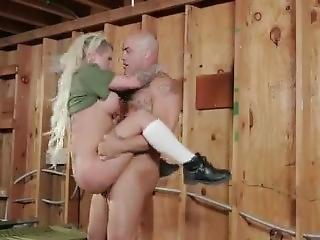 Army Girl Fucks In The Barracks