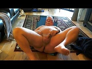 Naked Dad Spreading His Legs Apart For His Neighbors