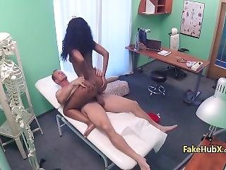Doctor Fuck Ebony Gal Like Wild
