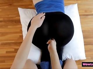 Lesbian Teens In Leggings