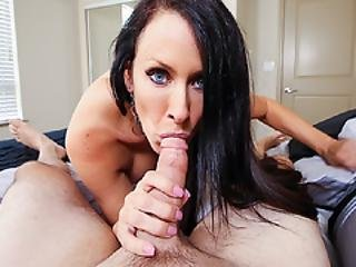 Cool Stepmom Let Stepson Hammers Her Pussy