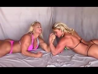 Fetish, Lesbisk, Wrestling