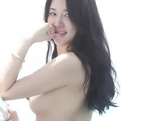 Perfect Korean Model Amateur Nude At The Beach