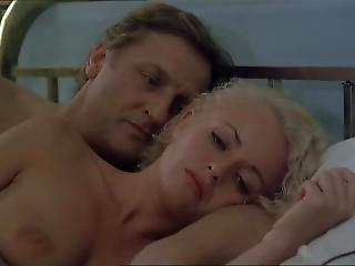 Fanny Cottencon Nude (only Boobs Scene)